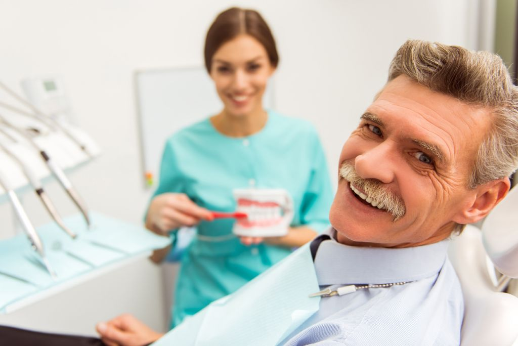 Prótesis dental senior